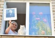 В День Победы в Усть-Качке у Вечного огня нес вахту почетный караул